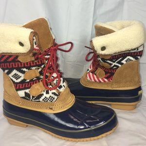 Khombu duck boots Aztec sweater print winter 8